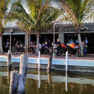 Yuc-Waterfront-Deck